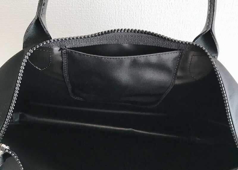 韓国旅行 持ち歩きバッグ ロンシャン カバンの中