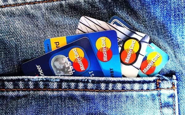 海外で盗難に遭った実体験 クレジットカードの停止